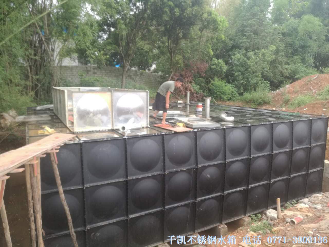 天等幼儿园270立方地埋式球吧网直播手机安装完成